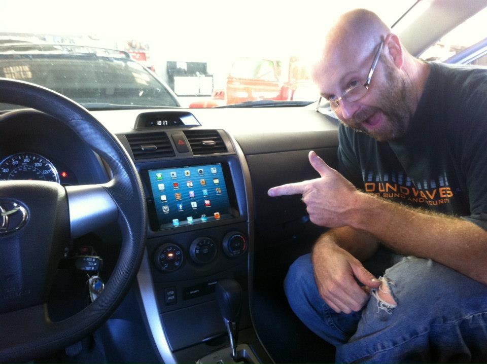 Телефон в автомобиль своими руками