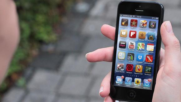 iphone-5-samyj-populyarnyj-smartfon-v-rossii