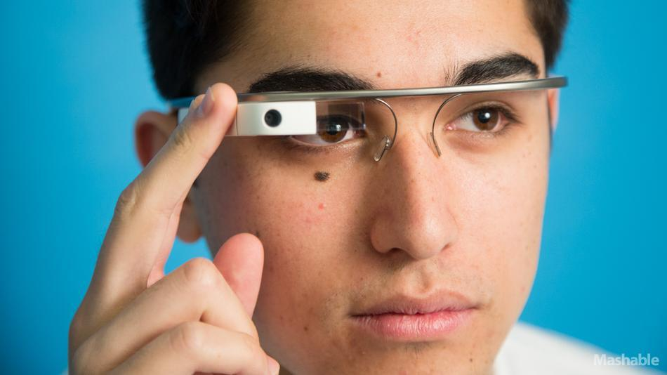 tim-kuk-o-tv-ios-7-iphone-google-glass-iwatch-na-konferencii-d11-----