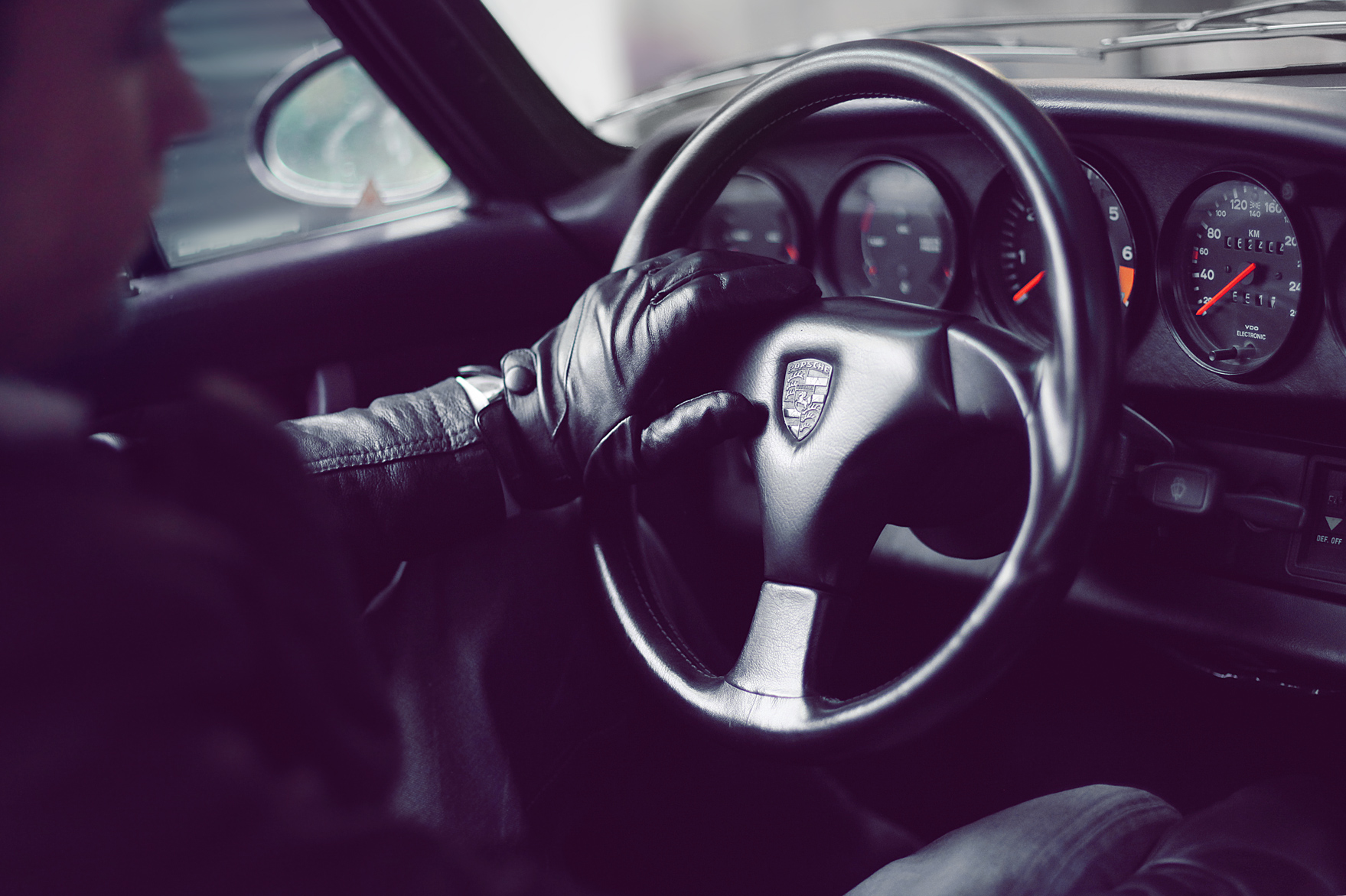 leather-touchscreen-gloves-by-mujjo-IMG_2697