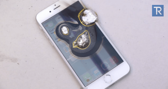 stress-test-iphone-6-s-pomoshhyu-zhidkogo-metalla-video