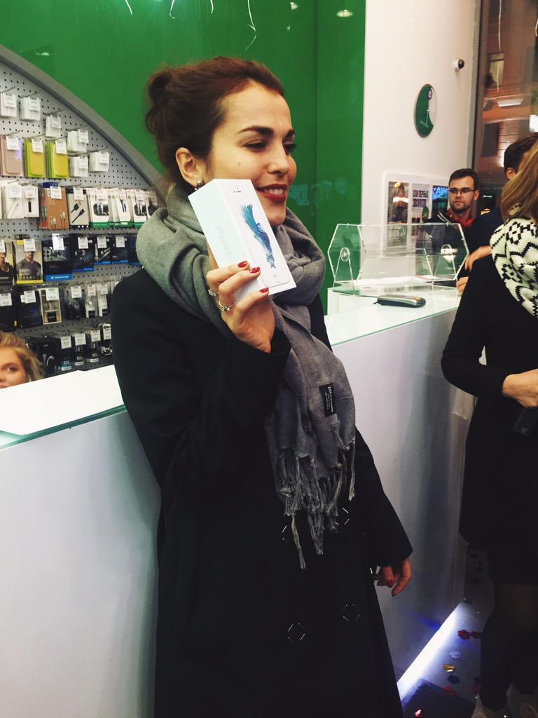 kak-proshel-start-prodazh-iphone-6s-i-iphone-6s-plus-v-rossii---9