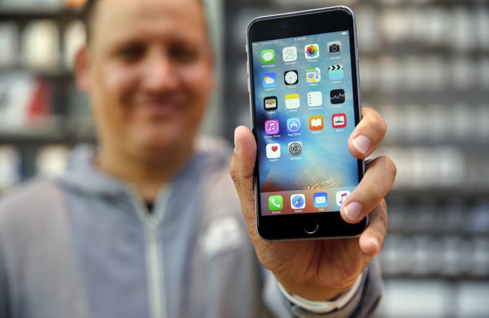 protsent-polzovateley-iphone-v-mire