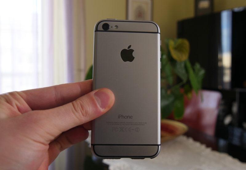 pervoe-video-s-uchastiem-iphone-5se-sravnenie-s-drugimi-modelyami-iphone--3