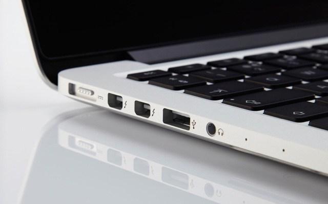 MacBook Pro USB Порт