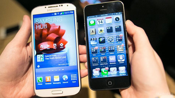 sravnenie-iphone-5-i-samsung-galaxy-s4-borba-idolov-chto-vybrat--