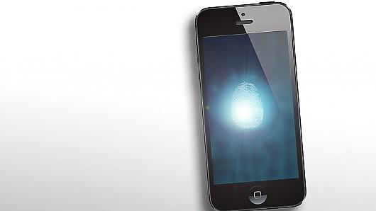 iphone-5s-ipad-5-i-ipad-mini-2-poluchat-skaner-otpechatkov-palcev