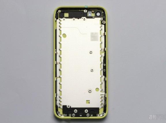 sravnenie-iphone-5-s-byudzhetnym-iphone-iphone-lite-razmery-korpusa-