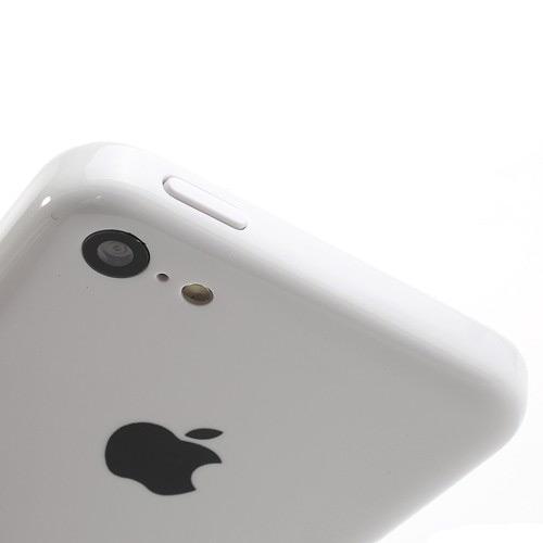 oficialnoe-foto-iphone-5c-uteklo-v-set-------