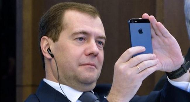 smenit-sotovogo-operatora-s-soxraneniem-nomera-mozhno-budet-s-1-dekabrya-2013
