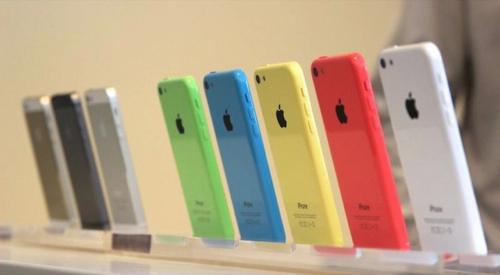v-rossii-startovali-prodazhi-iphone-5s-i-iphone-5c