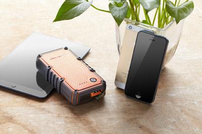portativnaya-batareya-powerpak-ultra-zaryadit-vash-iphone-do-6-raz-obzor-