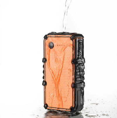 portativnaya-batareya-powerpak-ultra-zaryadit-vash-iphone-do-6-raz-obzor---