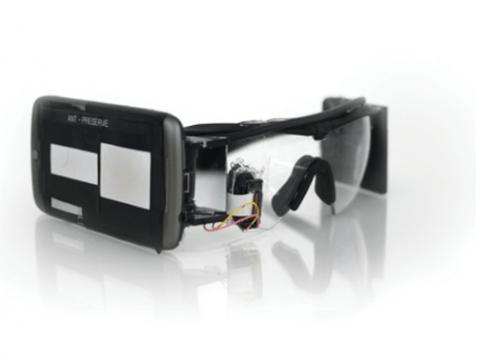 ochki-dopolnennoj-realnosti-google-glass-evolyuciya-mify-