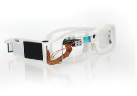 ochki-dopolnennoj-realnosti-google-glass-evolyuciya-mify------