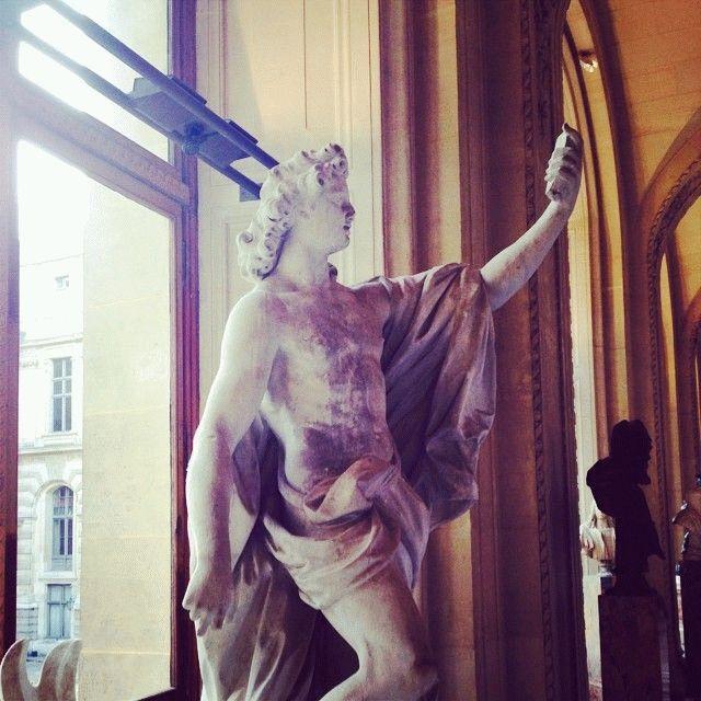 kreativnoe-selfi-statuy-