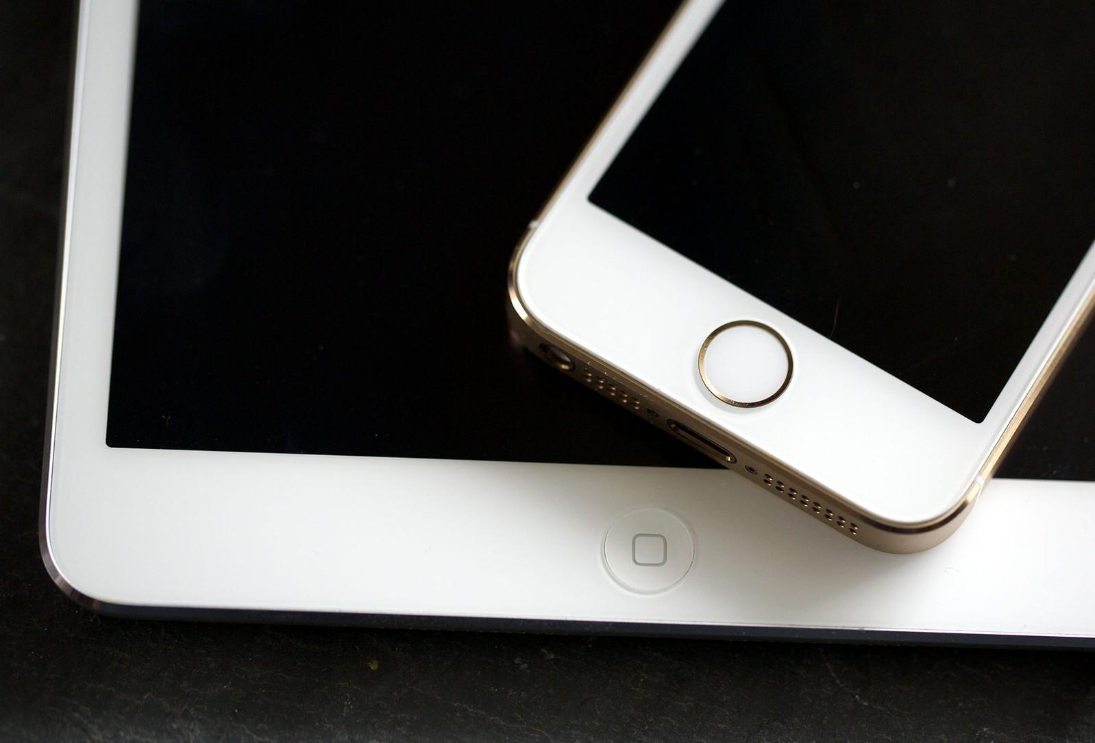apple-watch-ne-vyizvali-interesa-u-podrostkov-iphone-i-ipad-po-prezhnemu-samyiy-zhelannyiy-produkt-