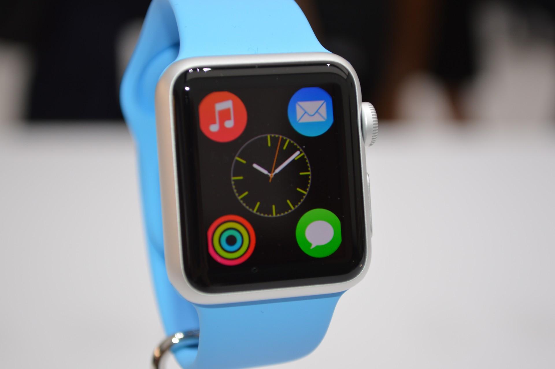 interesnyie-faktyi-ob-umnyih-chasah-apple-watch-