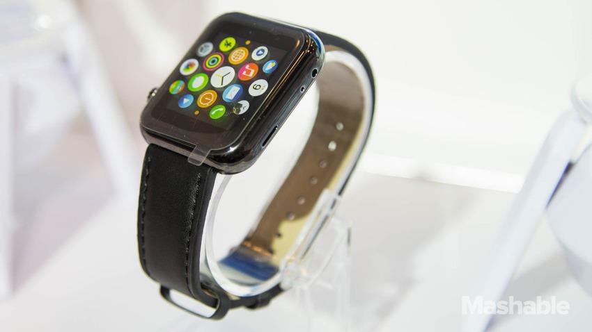 na-ces-2015-prodayut-feykovyie-apple-watch-za-27-dollarov------