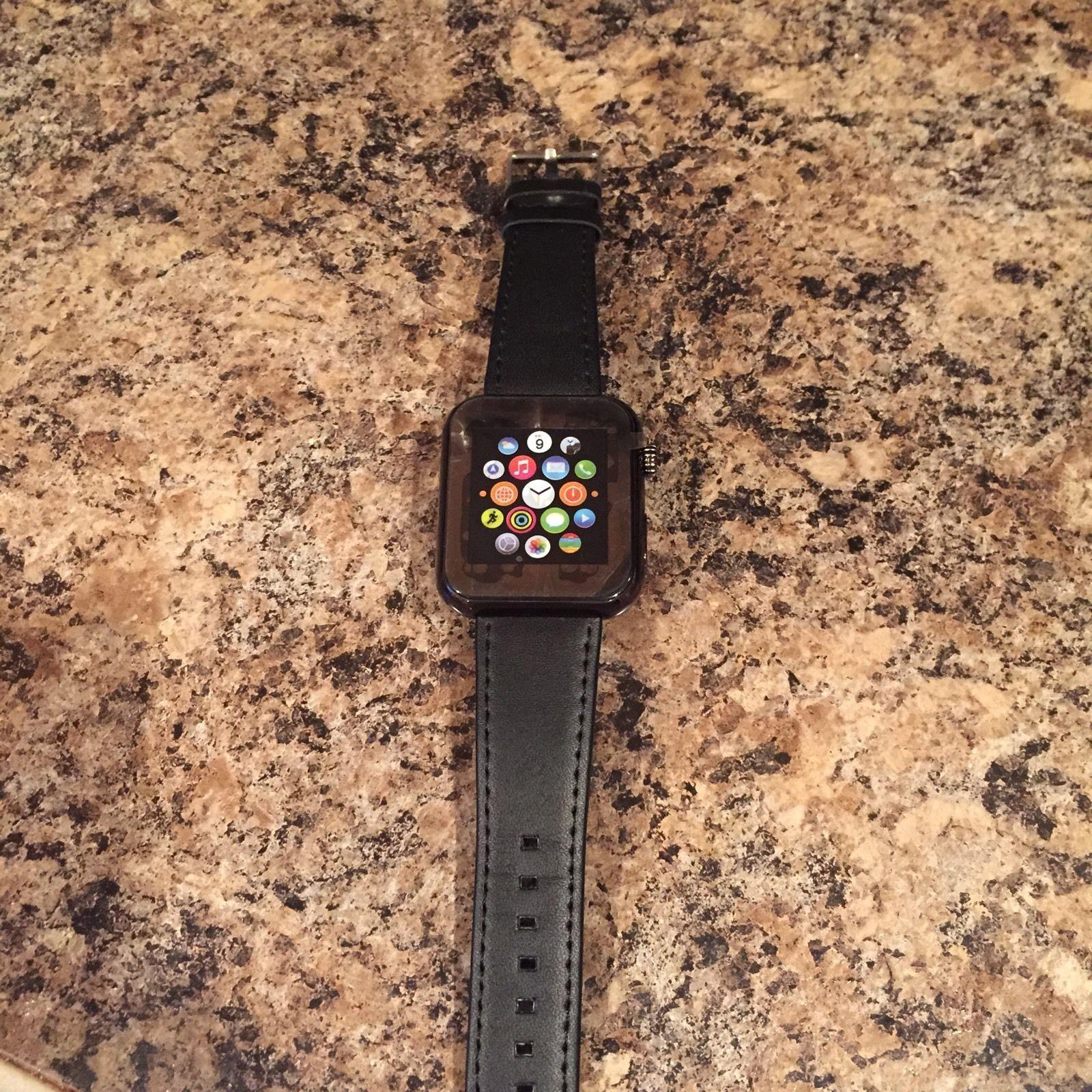na-ebay-prodayut-prototip-apple-watch---
