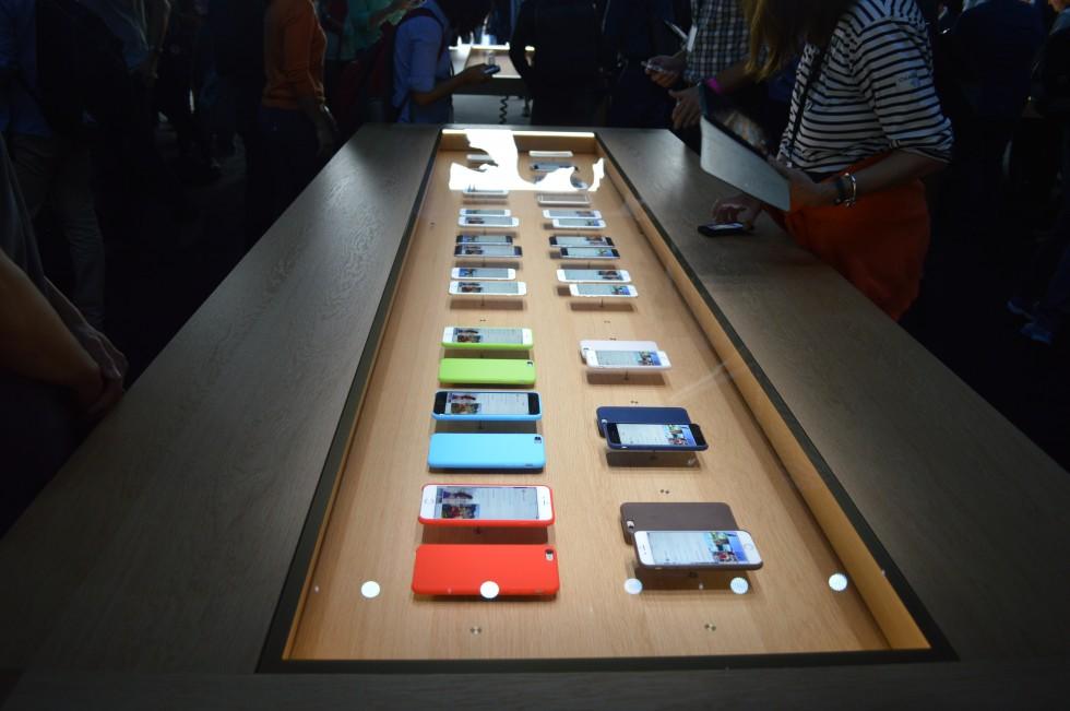 pochemu-apple-otkazalas-ot-5-7-dyuymovoy-diagonali-displeya-v-iphone-6-plus