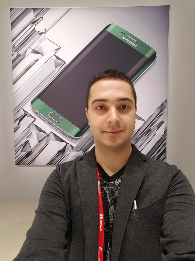 Galaxy-S6-edge-selfie-1