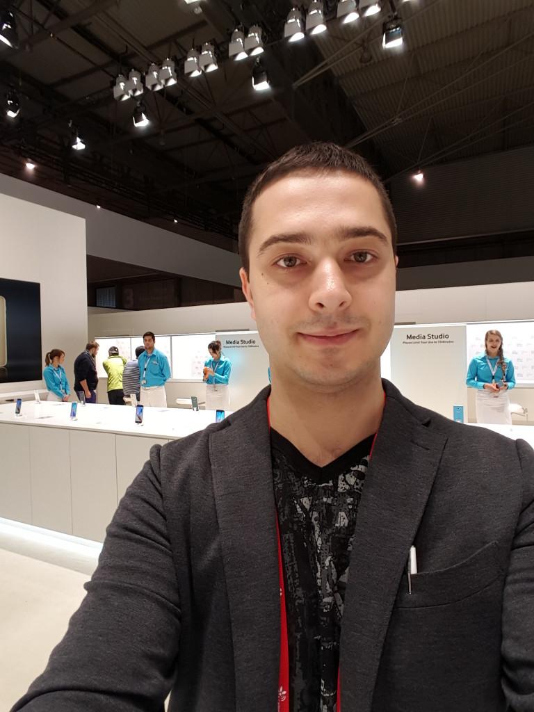 Galaxy-S6-selfie-2