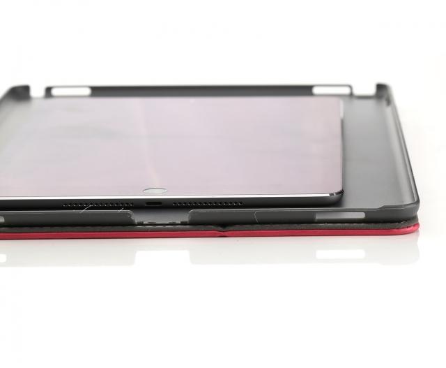 iPad Air 2  в чехле от iPad Air Plus