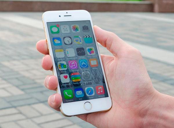 Дисплей iPhone 6 на солнце