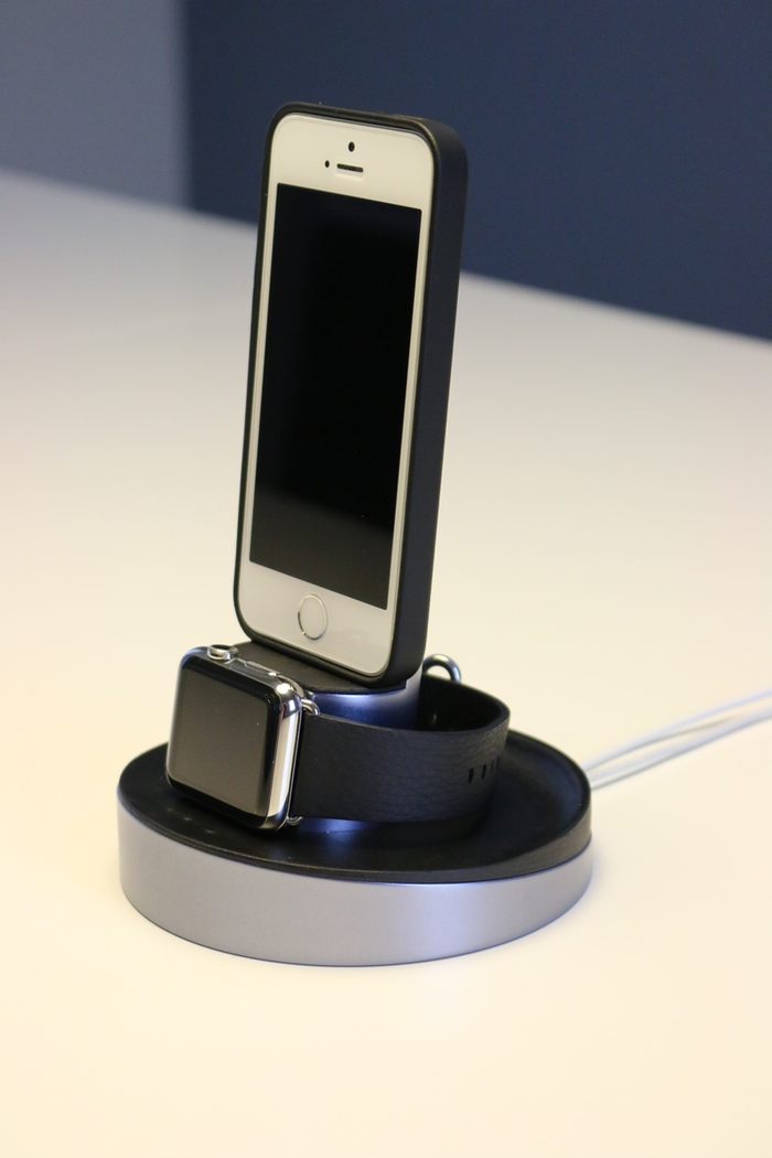 Apple Watch и iPhone 5s