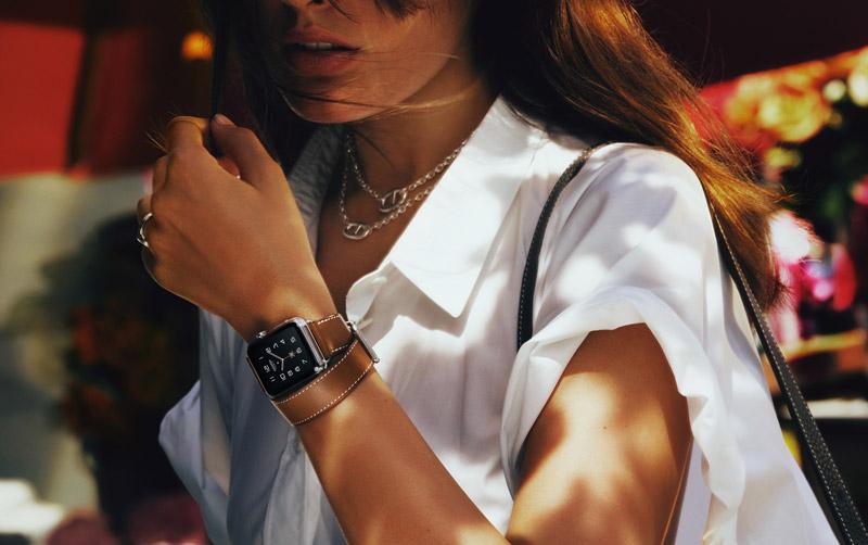 apple-predstavila-novyie-modeli-apple-watch-i-novuyu-kollektsiyu-remeshkov