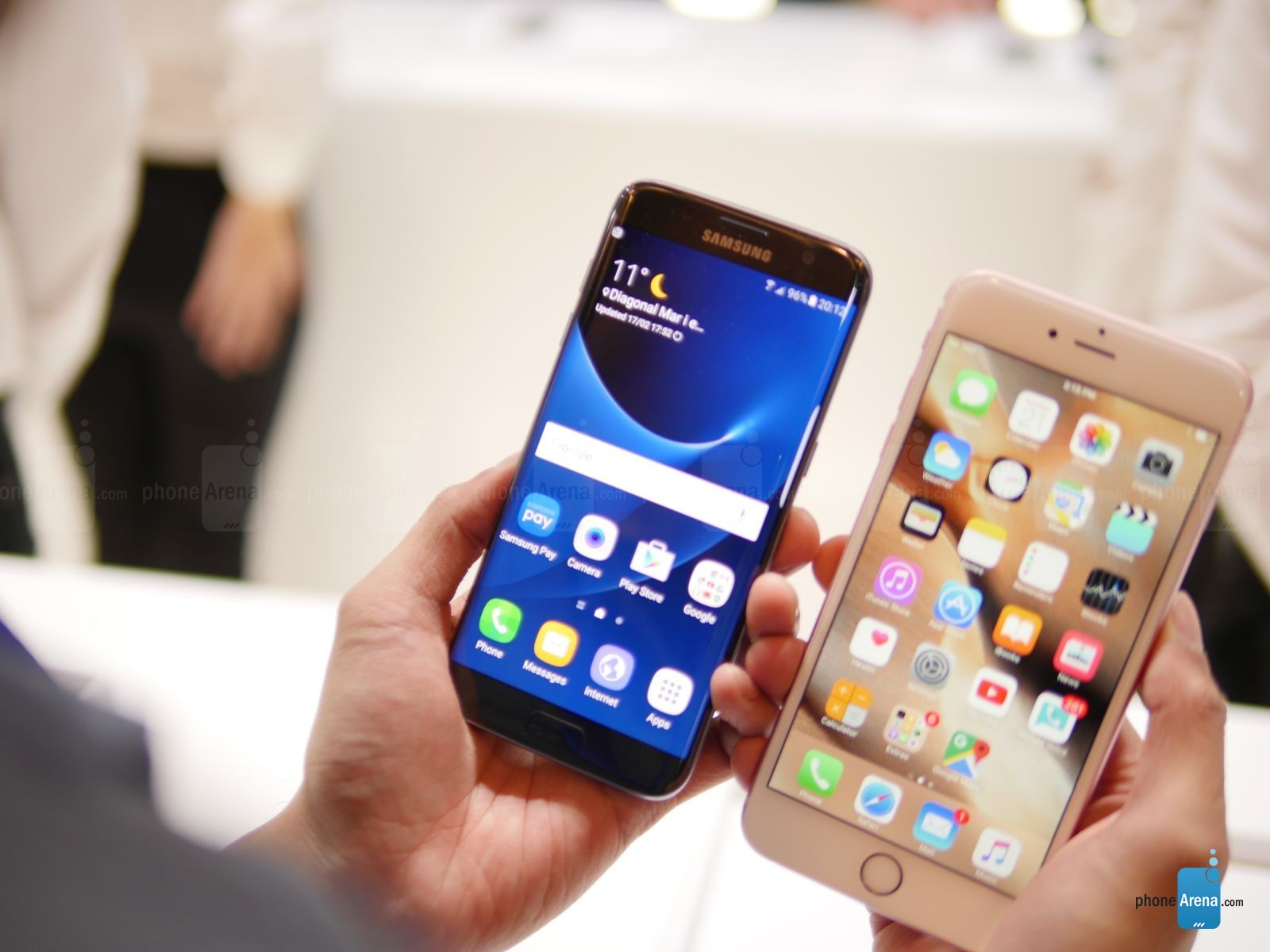 Samsung-Galaxy-S7-edge-vs-Apple-iPhone-6s-Plus