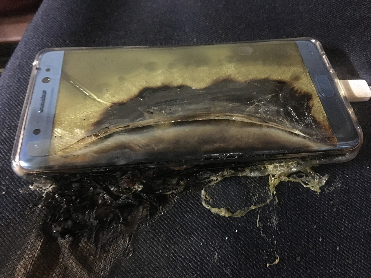 samsung-galaxy-note-7-on-fire-image-001
