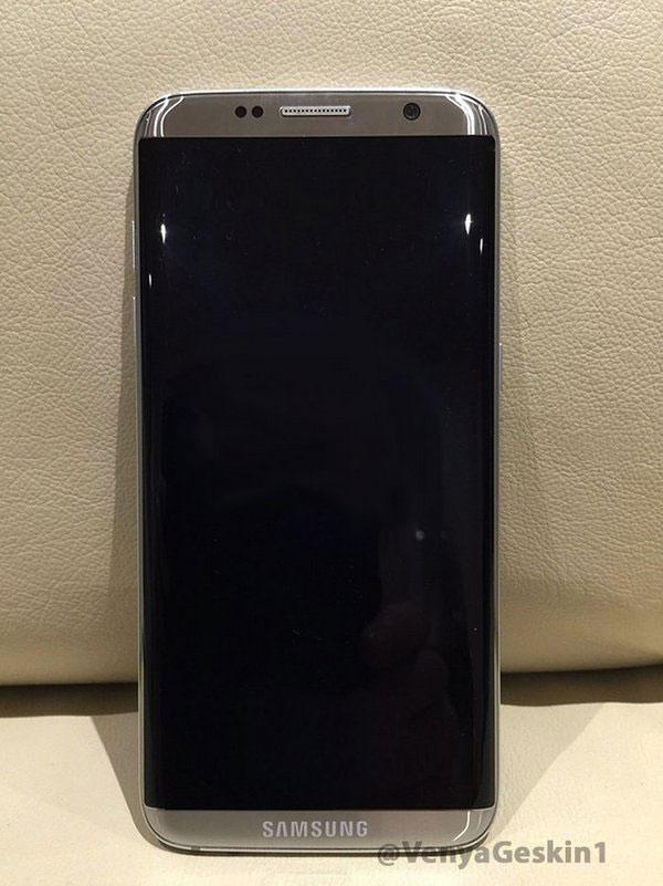 В Сети появилось реальное фото Galaxy S8